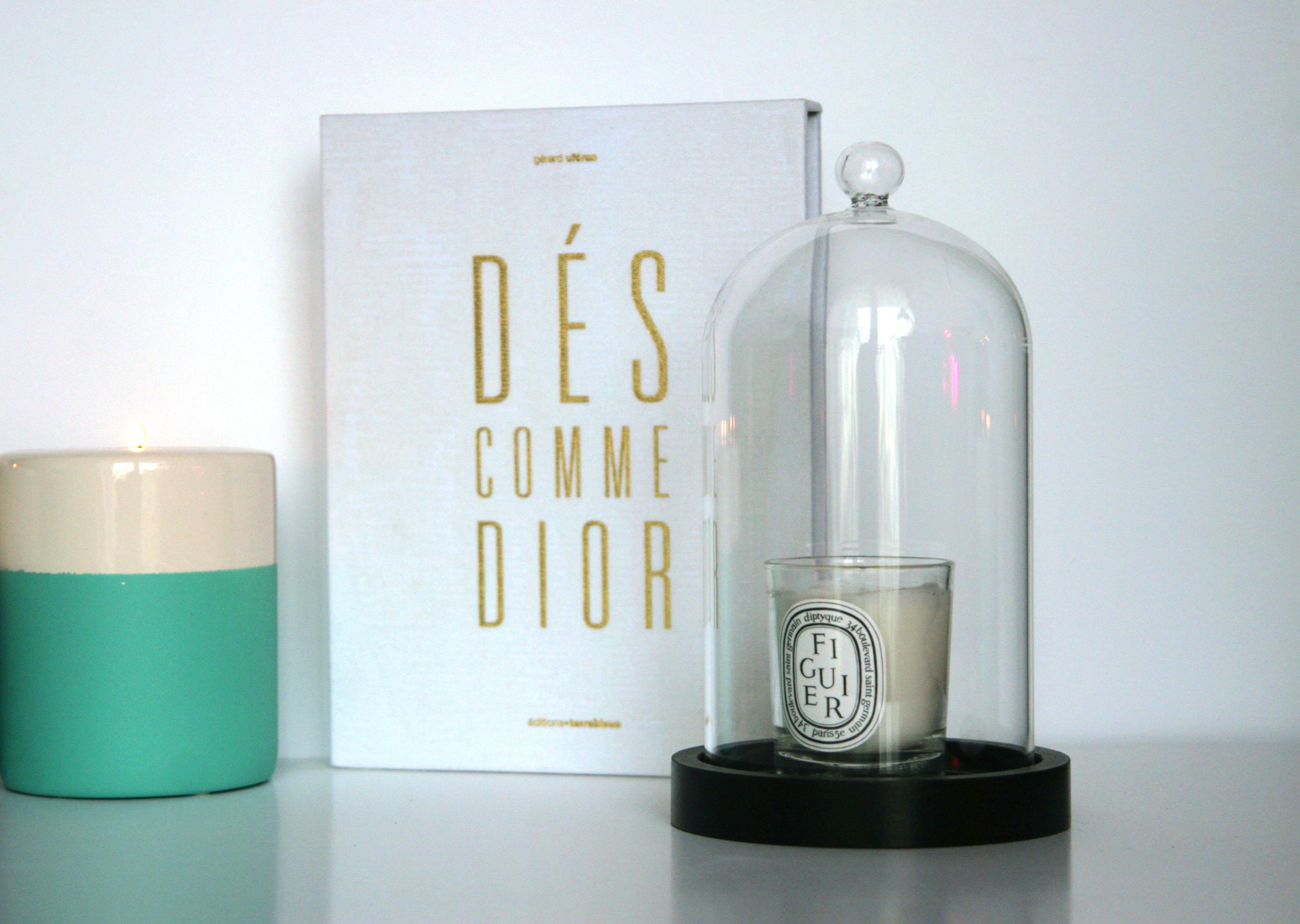 cloche en verre pour bougies. Black Bedroom Furniture Sets. Home Design Ideas